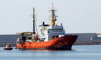 A zászló elvesztése de facto megbénítaná a mentőhajót