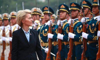 Ursula von der Leyen pekingi látogatásán kritikákat fogalmaz meg