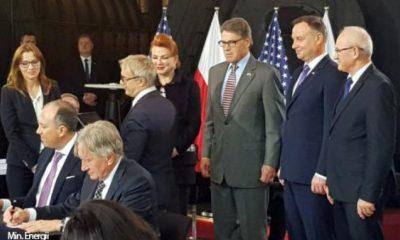 Hosszú távú szerződés aláírása LNG gáz beszerzésére