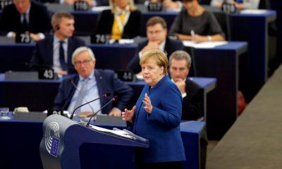 Merkel támogatja az európai hadsereget