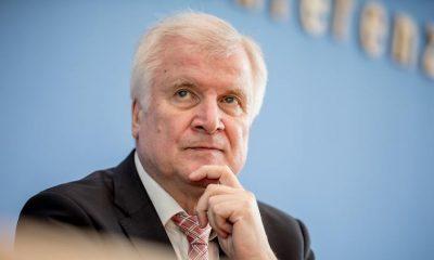 Seehofer feltételeket szab a volt IS harcosok Németországba történő visszatérésére